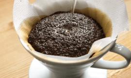 Evde Kahve Filtresi Paketleme İşi