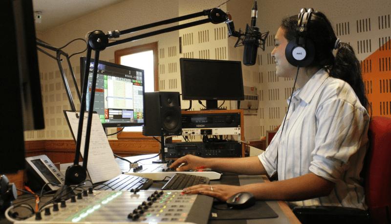 radyo açma maliyeti
