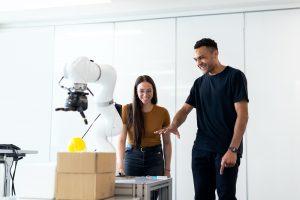 Robot Muhendisi Nasil Olunur 2 300x200 - Robot Mühendisi Nasıl Olunur? Maaşı Ne Kadar?