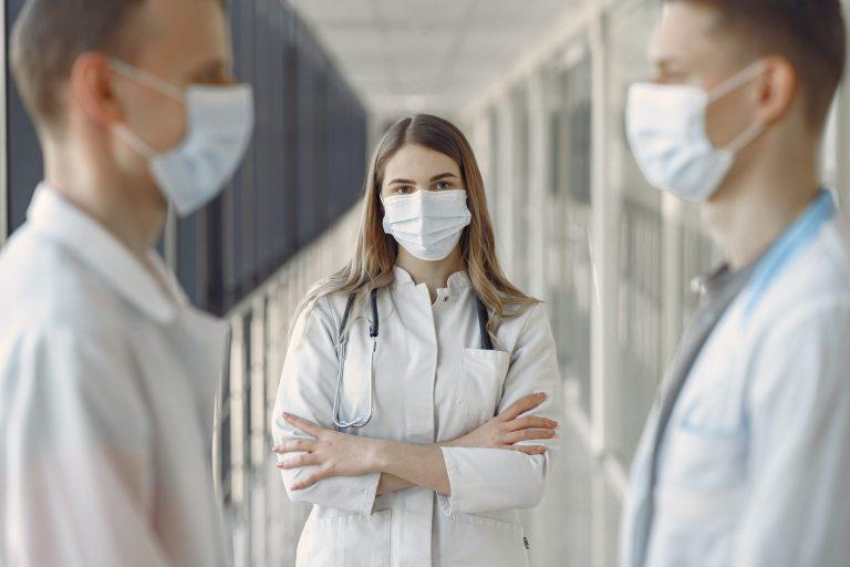Doktor Nasıl Olunur? Doktor Maaşları Ne Kadar?